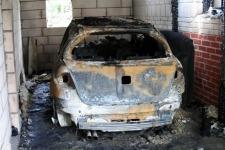Spalony samochód ks. Tyszki Ostrołęka